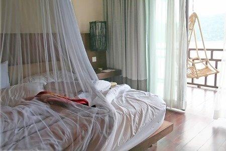 gabbia-faraday-letto